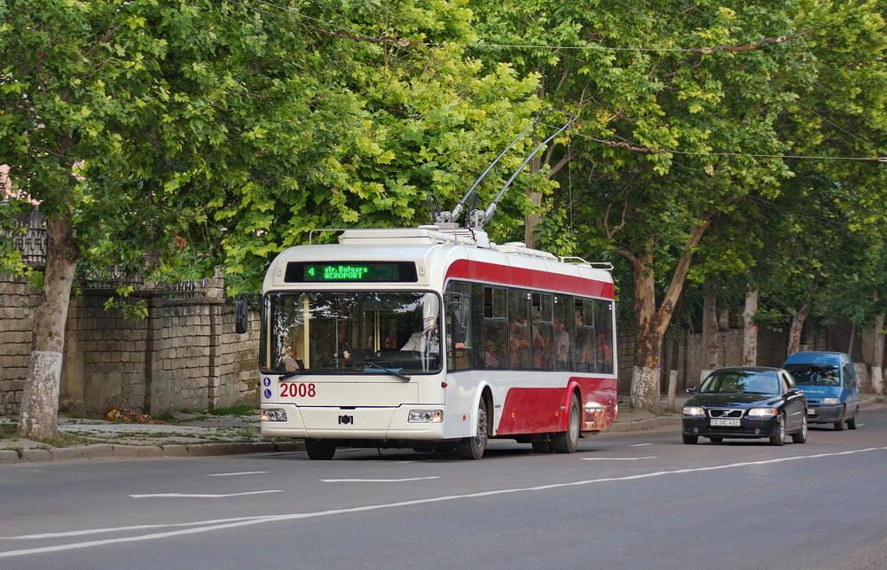 Мэр Бельц убедил советников в необходимости пустить автономные троллейбусы