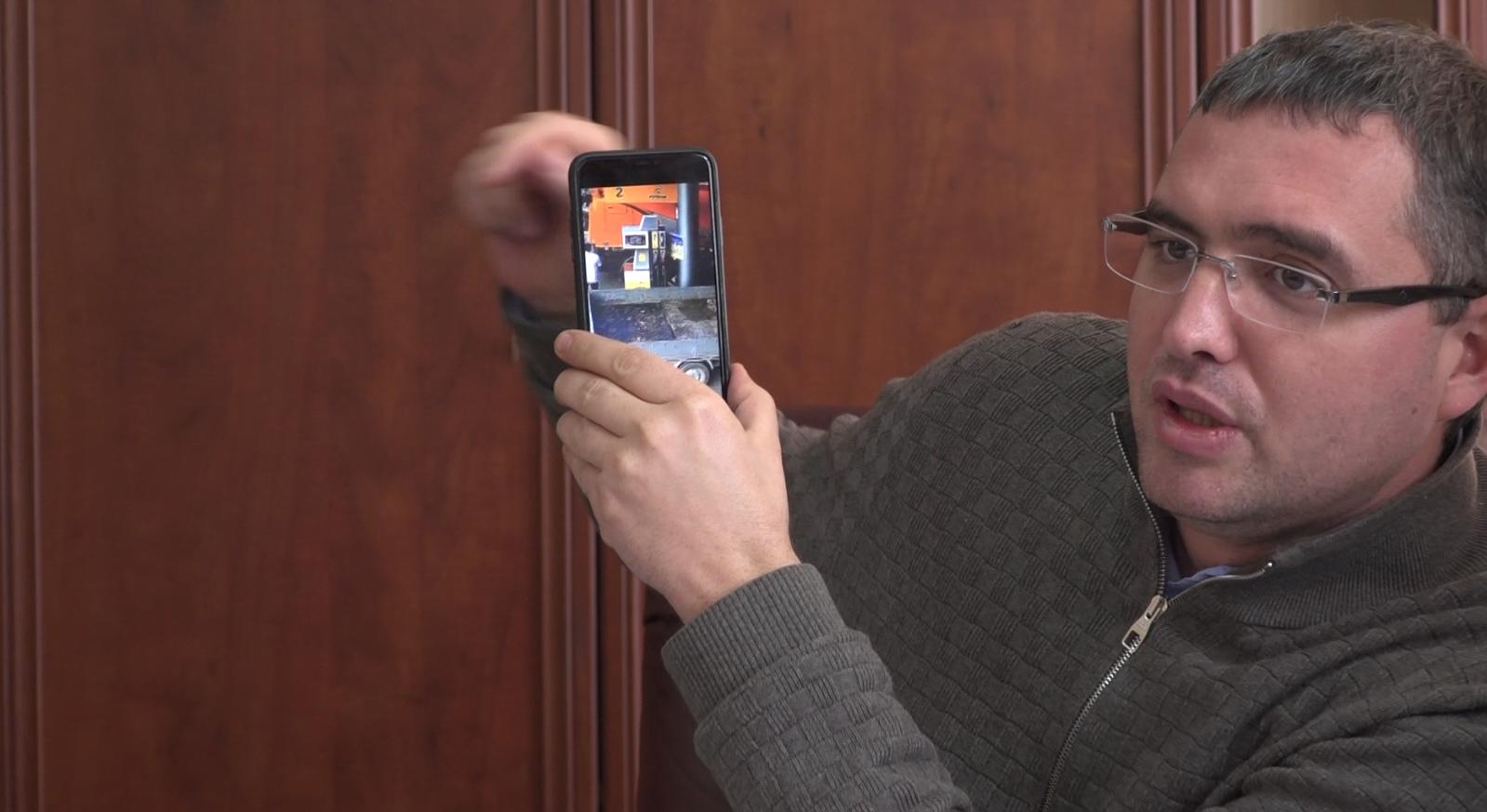 Усатый показал видео: за счет бельцкого предприятия заправляли «левые» машины